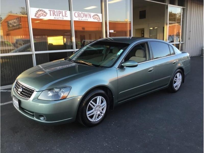 Nissan Altima 2005 price $4,995