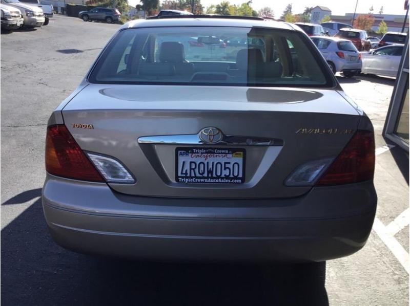 Toyota Avalon 2001 price $4,995