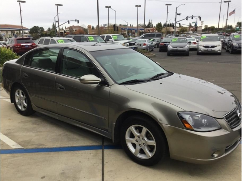 Nissan Altima 2005 price $6,995