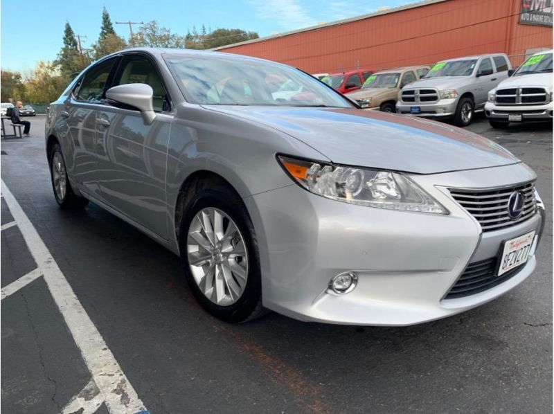 Lexus ES 2015 price $17,995