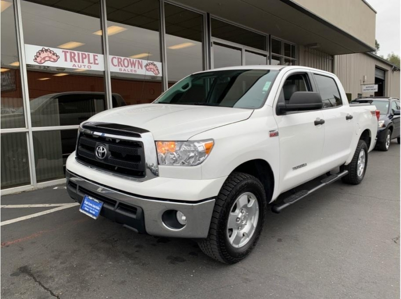 Toyota Tundra CrewMax 2013 price $23,995