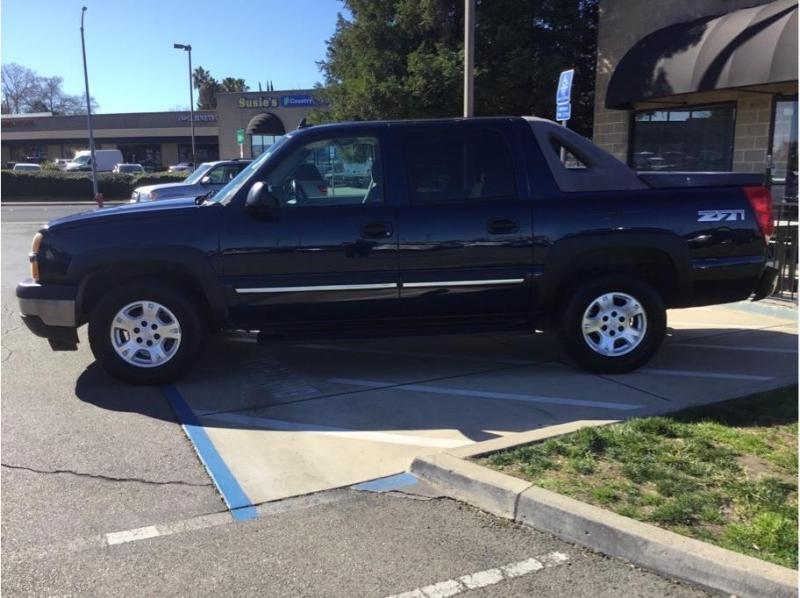 Chevrolet Avalanche 1500 2006 price $9,995