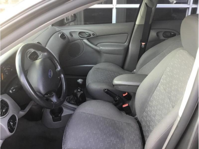Ford Focus 2004 price $3,995