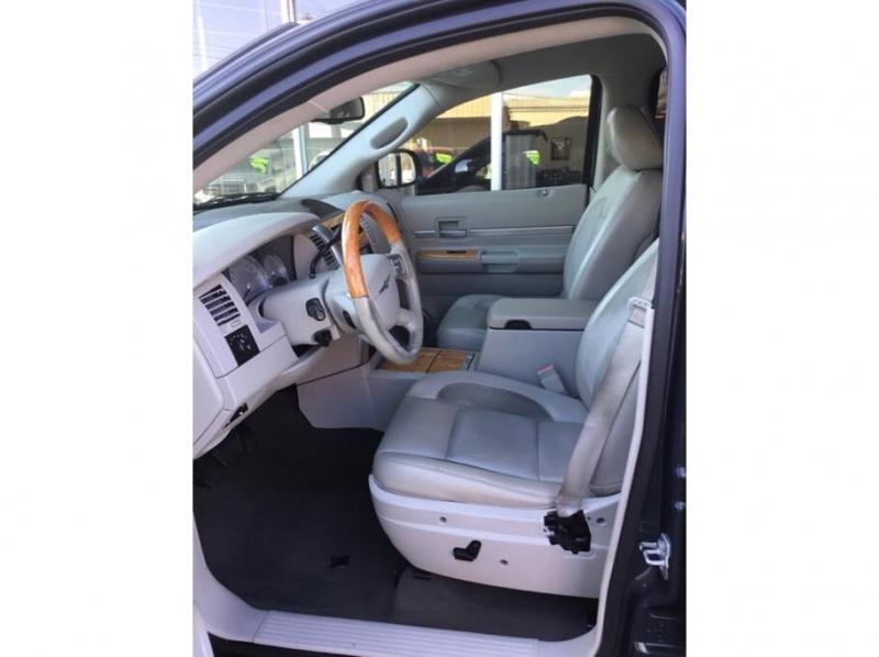 Chrysler Aspen 2009 price $8,995