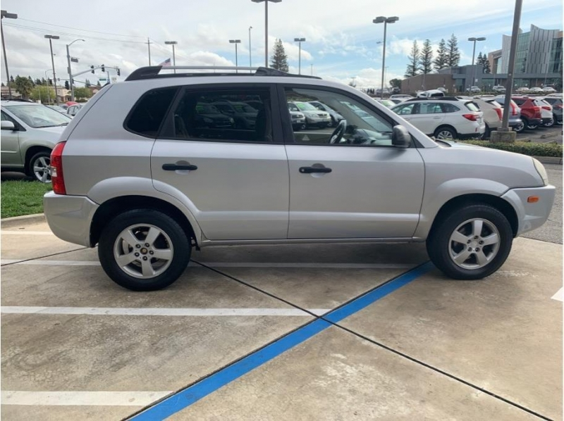Hyundai Tucson 2007 price $5,495