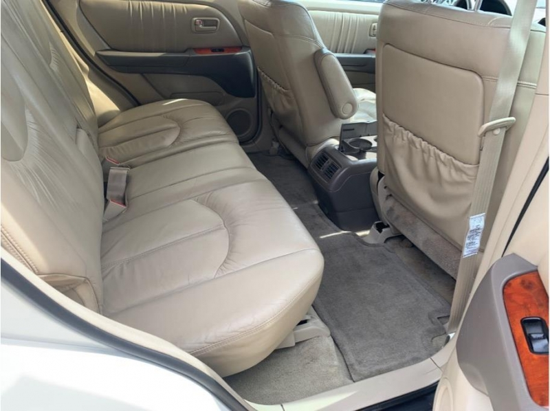 Lexus RX 1999 price $5,995