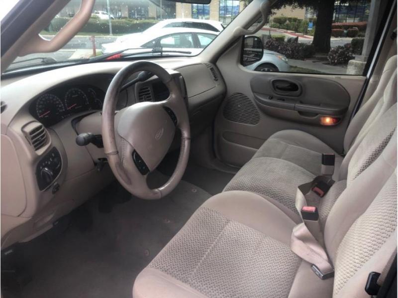 Ford F150 SuperCrew Cab 2002 price $8,995
