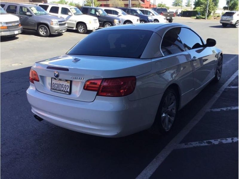 BMW 3 Series 2011 price $11,995