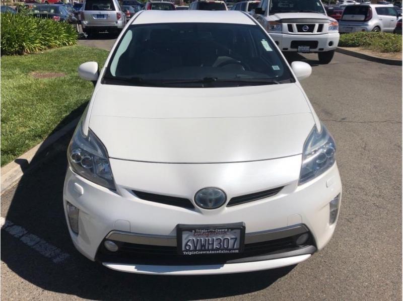Toyota Prius Plug-in Hybrid 2012 price $9,995