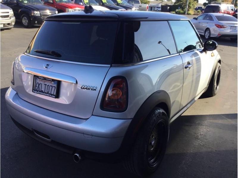 MINI Hardtop 2010 price $5,995