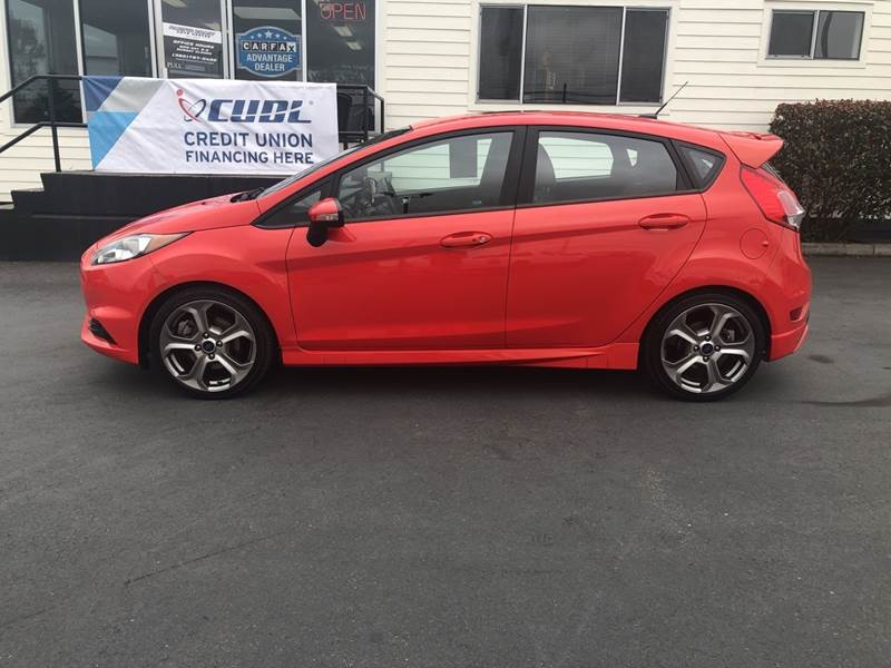 Ford Fiesta 2016 price $16,497