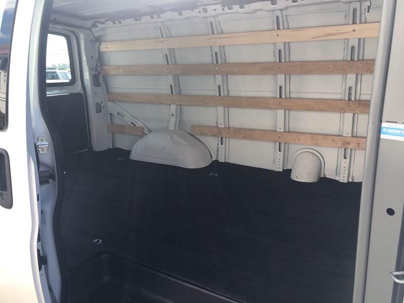 GMC Savana Cargo Van 2018 price $23,495