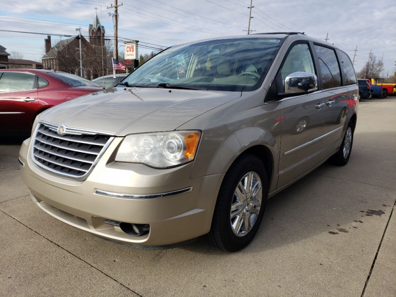 CHRYSLER TOWN & COUNTRY 2008 price $5,150