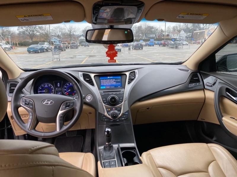 HYUNDAI AZERA 2012 price $10,799