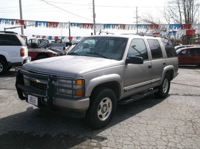 2000 Chevrolet Tahoe 4dr 4wd Z71 Inventory Arnold Auto Credit