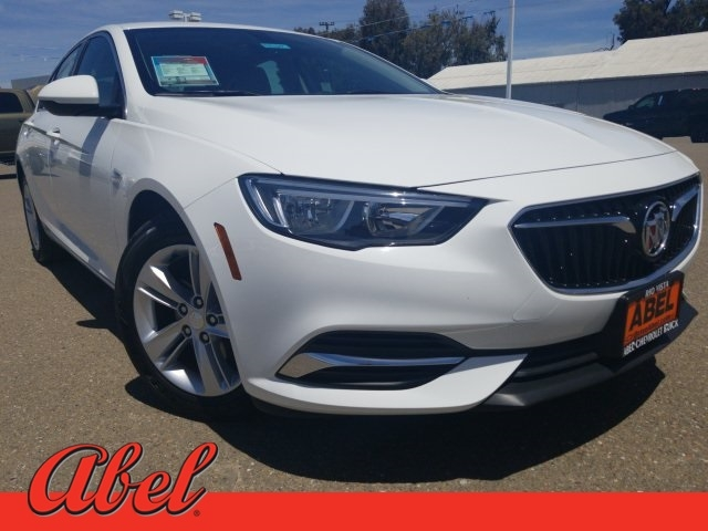Buick Regal 2018 price $16,806