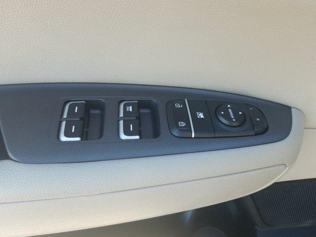 Kia Optima 2016 price $13,452
