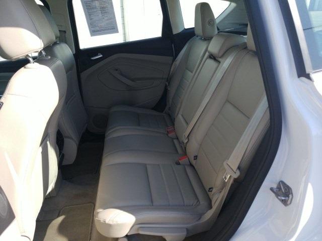 Ford C-Max Energi 2016 price $14,668