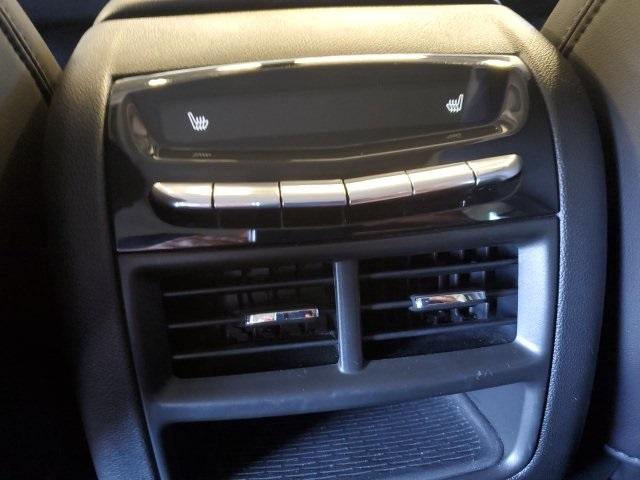 Cadillac XT5 2018 price $28,947