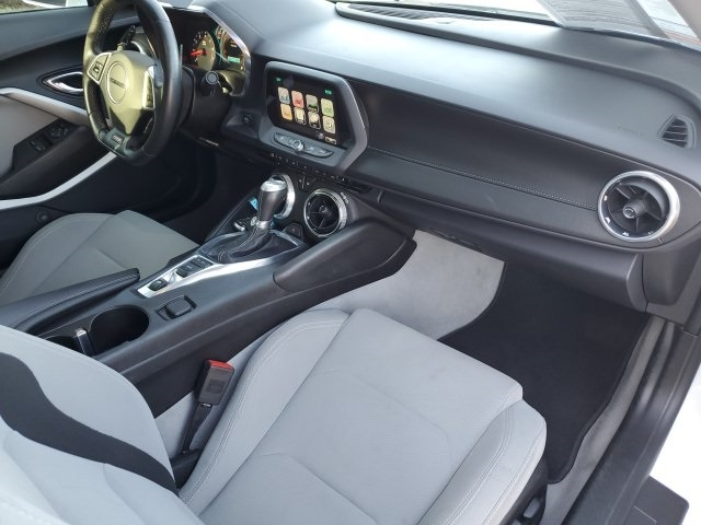 Chevrolet Camaro 2016 price $27,999