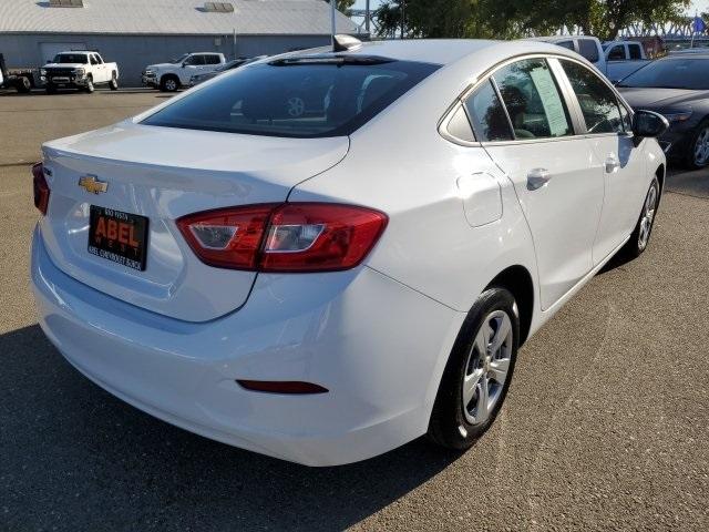 Chevrolet Cruze 2017 price $13,985
