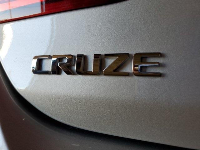 Chevrolet Cruze 2018 price $17,987