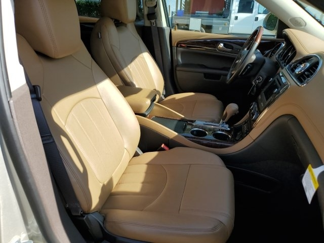 Buick Enclave 2017 price $27,567