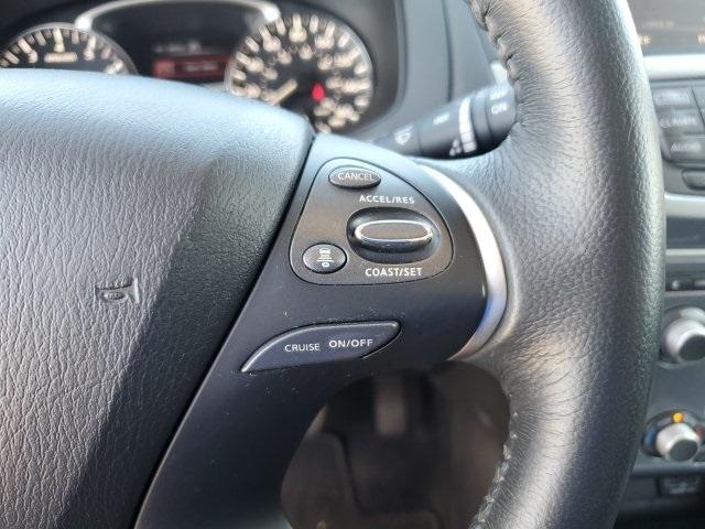 Nissan Pathfinder 2018 price $24,583