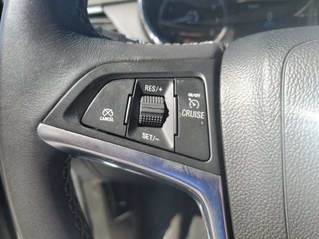 Buick Encore 2017 price $14,829