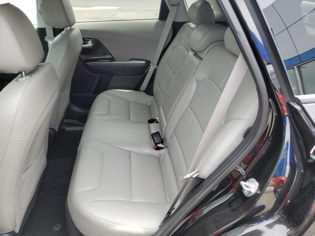 Kia Niro 2017 price $21,985