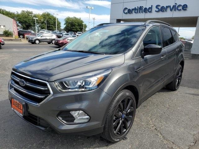 Ford Escape 2017 price $17,260