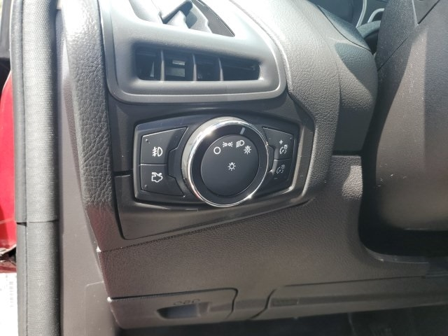 Ford Focus 2014 price $9,999