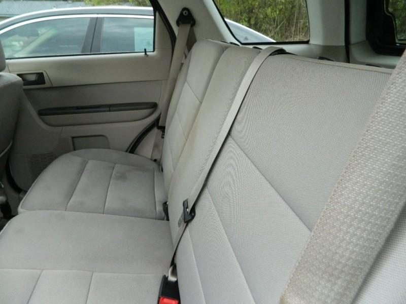 Ford ESCAPE 2012 price $7,300