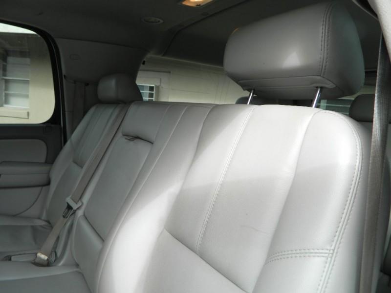 Chevrolet SUBURBAN 2007 price $9,500
