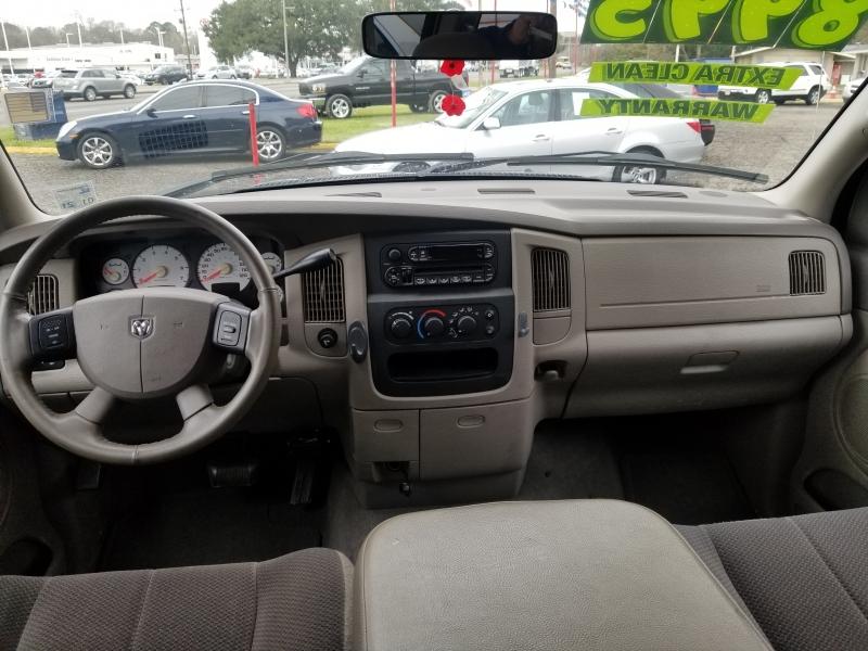 Dodge RAM 1500 2004 price $8,200