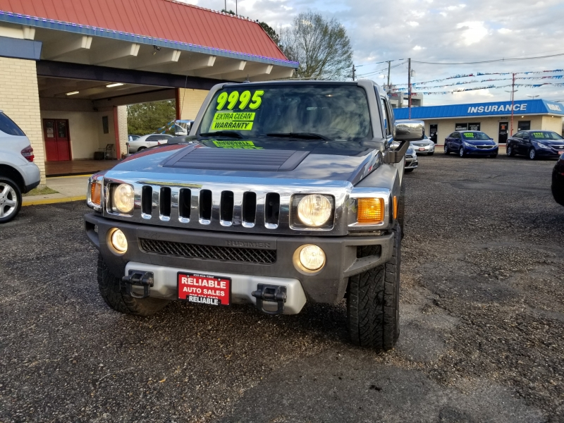 Hummer H3 2008 price $9,500
