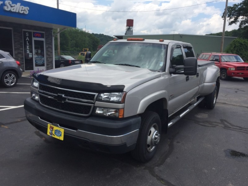 Chevrolet Silverado 3500 2006 price $16,999