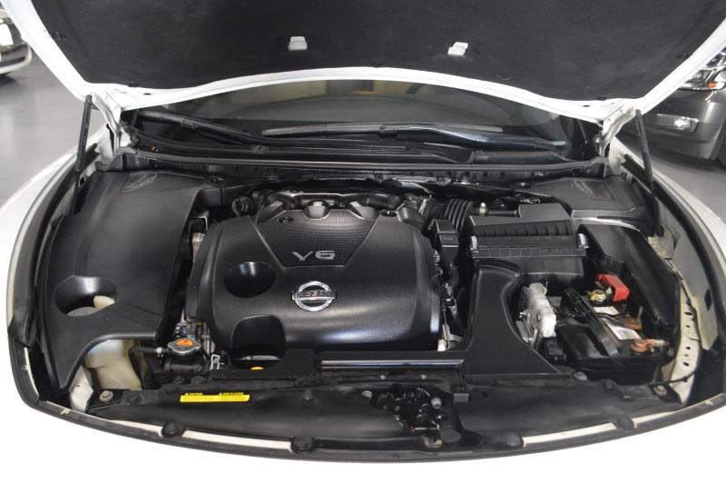 Nissan Maxima 2013 price $9,500