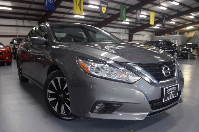 Nissan Altima 2018 price $13,995