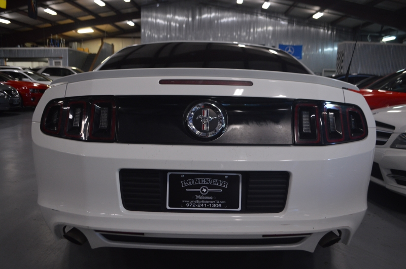 Ford Mustang 2013 price $9,599
