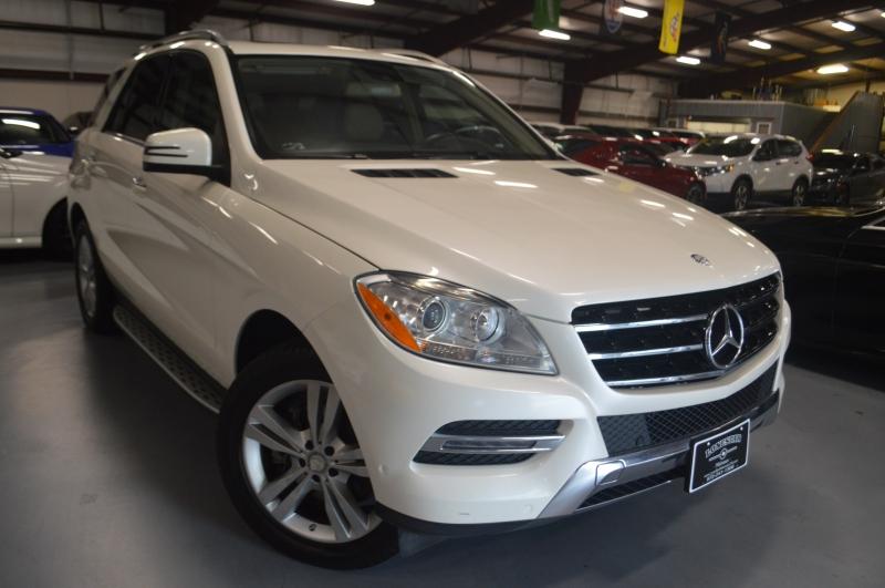Mercedes-Benz M-Class 2013 price $13,995