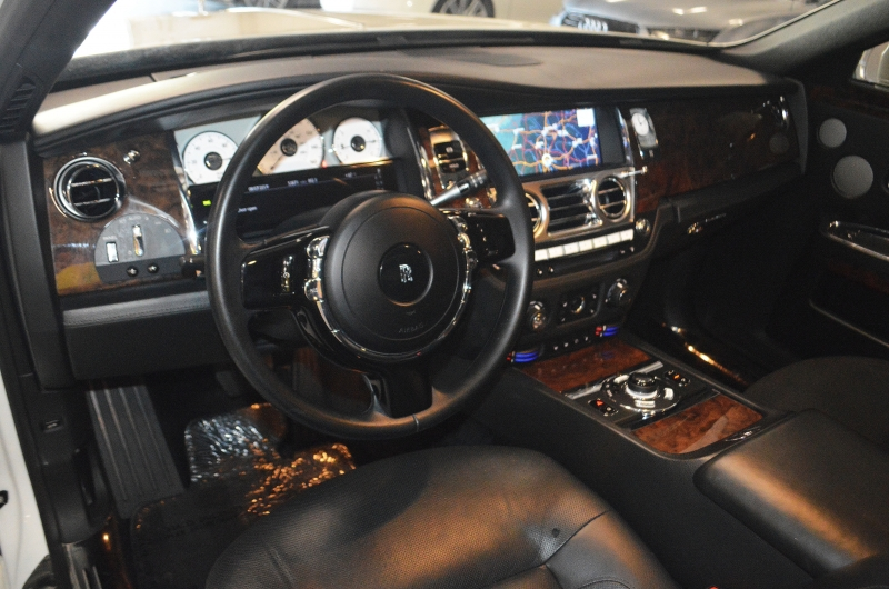 Rolls-Royce Ghost 2012 price $91,995