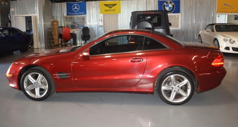 Mercedes-Benz SL-Class 2005 price $8,995