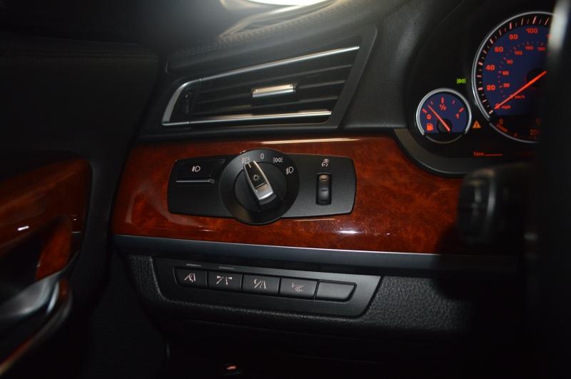 BMW 7-Series 2011 price $18,995