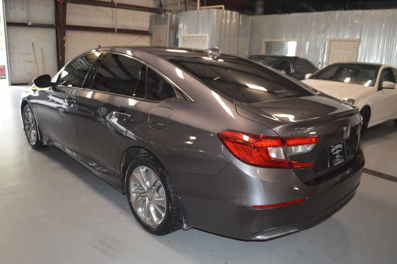 Honda Accord Sedan 2018 price $13,899