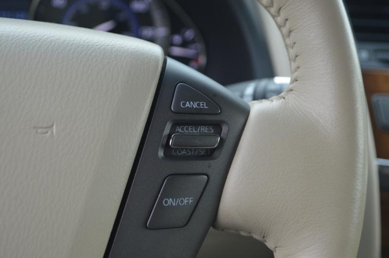 Infiniti QX80 2014 price $19,995