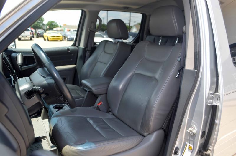 Honda Ridgeline 2011 price $16,995