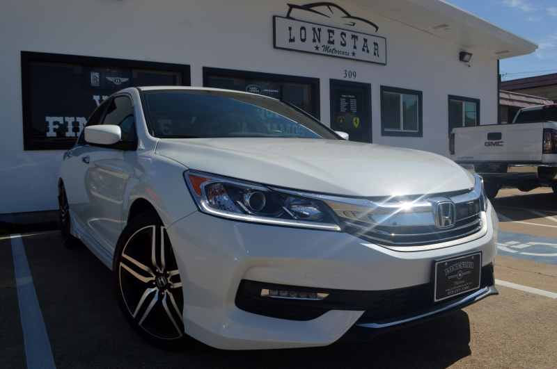 Honda Accord Sedan 2017 price $18,595