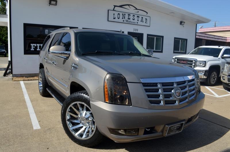Cadillac Escalade 2007 price $12,595
