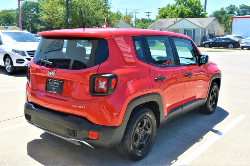Jeep Renegade 2015 price $8,595